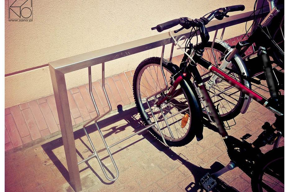 stojak-rowerowy-ze-stali-nierdzewnej
